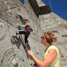 Mur d'escalade : Les aiguilles de champamé