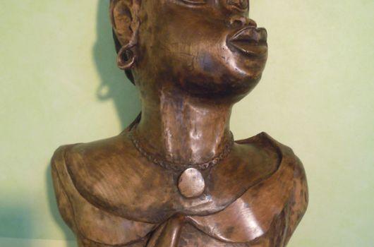 Buste, Nigérianne, par Pierre Gioria