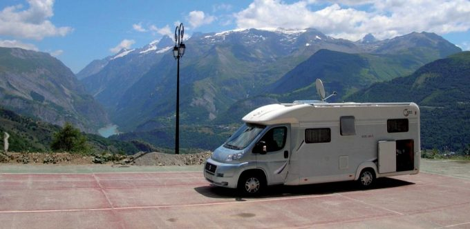 Aire camping car Auris en Oisans